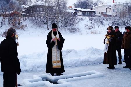 Кунгурские верующие пришли на Иордань