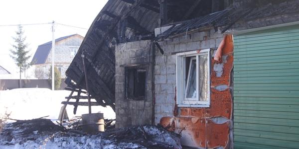 НОВОСТИ - Семья кунгуряков с двумя детьми после пожара ...: http://iskra-kungur.ru/all/2016/03/16/14213/