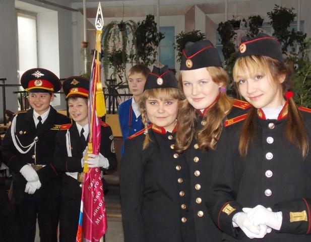 Дети в погонах Зачем московским школам кадетские