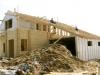 Бизнесмен в Кунгуре складывает домики из бруса, как конструктор Лего