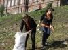 """После закрытия """"Небесной ярмарки"""" в Кунгуре праздничный мусор убирали дети"""