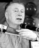 Лидер ЛДПР Владимир Жириновский раздавал в Перми пятисотки на бедность